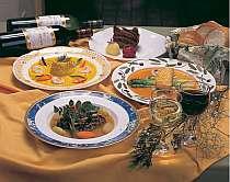 [写真]自慢のフルコース料理