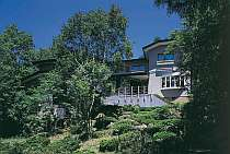 標高1750m 温泉・貸切風呂と庭園の宿
