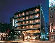 [写真]JR熊本駅前にあるくつろぎの宿