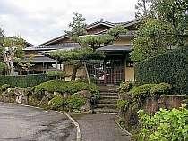 金沢・湯涌の格安ホテル湯の出