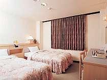 ツイン(全室で洗浄トイレ付き)■朝食は和洋各500円■ベッド巾は、110cmです。