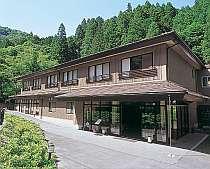 名湯、山間の中に佇む旅館「湯屋 飛龍の宿」