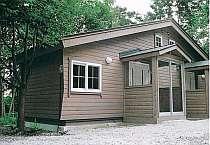 06年新築。15畳(ロフト含)室内バス、トイレ・TV・エアコン完備