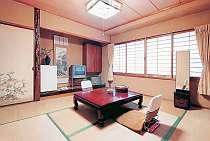 人数に応じてお部屋をご用意致します。全室、空気清浄機完備。令和2年7月エアコン内部洗浄清掃済み。