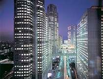 本館25階【マンハッタンテーブル】からは新宿西口ビル郡の高層ビル群の煌びやかな夜景が♪