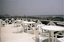 見渡す限り海!天気の良い日はココでのんびり・・・