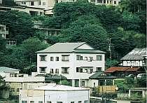 那須湯本の中心、高台の静かな環境
