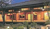 上野の水月ホテル鴎外荘