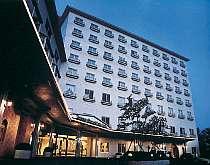 大自然と都市感覚を調和させたリゾート&シティホテル。