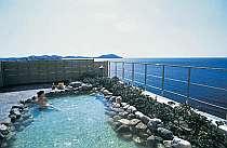 太平洋が一望できる絶景露天風呂!海風のマイナスイオンと波音が心と身体を癒します!