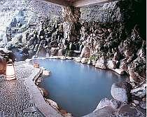 箒川沿いの露天風呂で温泉を満喫!
