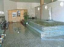豊富な湯量の大浴場