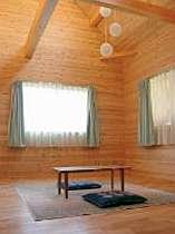 【素泊】お食事なしで無垢の木のお部屋に気軽に滞在~最長24時間ステイが可能~