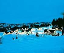 [写真]ゲレンデまで0分。スキーヤー満足の快適ステイ!