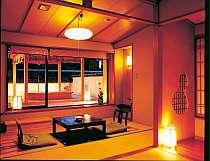 【露天付特別室】畳敷きの露天風呂付き客室