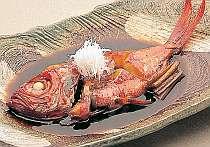 伊豆名産の金目鯛煮付を食べる贅沢 これを目当てのリピ-ターのお客様が多いです