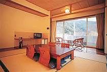 串本・すさみの格安ホテル 山荘 琴の滝荘