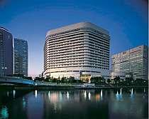 水都大阪をゆっくりと。水上バス乗り場もすぐ。