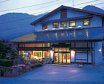 旅館 山水(さんすい)