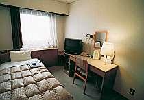 全室、冷暖房完備・TV・バス・トイレ、電話付