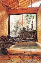 貸切のできる檜風呂