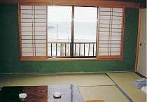 全室和室。4室からは海が望めます。