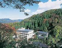 木々に囲まれた金沢の奥座敷