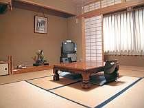 ゆっくり寛げる客室