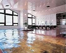 大浴場は源泉掛け流しで肌にとても良い泉質となっております♪