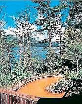 桧原湖を一望できるレイクリゾートホテルの露天風呂は最高です。