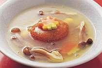 【蓮餅の本葛仕立て】トロトロの葛餡が優しい味です。
