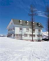 冬の外観・ルーデンス湯沢スキー場より徒歩1分