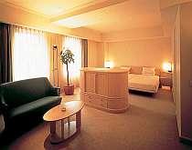 札幌・ススキノ・大通の格安ホテルロテル・ド・ロテル