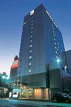 夜でも駅前は明るいからホテルも見つけやすい