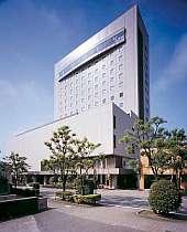 自然と文化が息づく、高岡を代表するシティーホテル