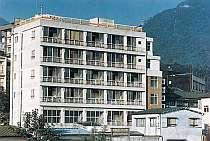 [写真]伊香保温泉名所・石段街に面した老舗旅館