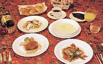 夕食は洋食フルコース!(一例)