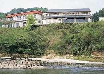 那珂川畔の静かな宿