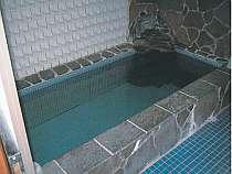 浴室(夜中2時まで入浴可能)