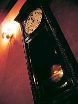 ロビーに飾られた古時計。雲仙の歴史を見守り続けている