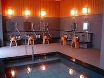 1階浴場は宿泊者の方のみ無料にてご利用頂けます。男性・女性浴場共に毎日16:00~25:00/6:00~9:00