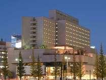国際会議にも対応するコンベンションホールをも備えた、仙台のホスピタリティ溢れるホテルです。