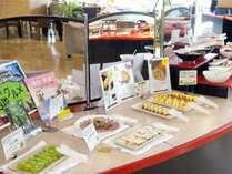 【朝食】ご当地グルメコーナー