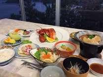 【えびす洞会席】海の幸たっぷりの夕食をご堪能下さい。