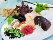 【料理】夕食には海の幸をご用意!