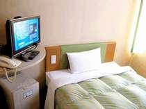 地デジ液晶TV(20インチ)、最新型VODシステムを全室に導入