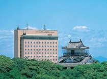 【ホテルコンコルド浜松】浜松城公園に隣接した自然豊かな立地