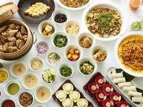 ベトナムのフォーやタイのパッタイなど多国籍な料理をご用意!