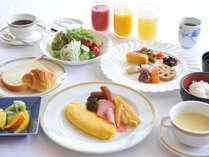 ご朝食付き。6時からスタートで早い出発にも。※新型コロナ感染症拡大の影響で和・洋定食でのご提供です。