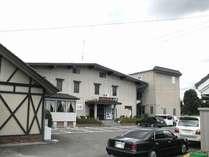 6号沿いに面しており、茨城県の中心に位置しております